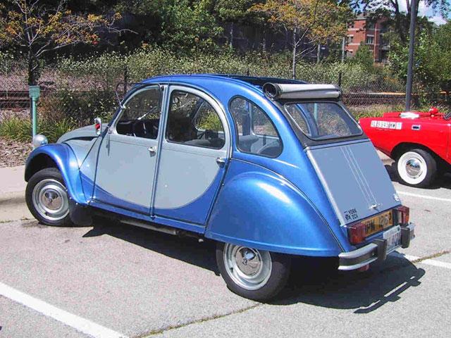 0-blue-2CV
